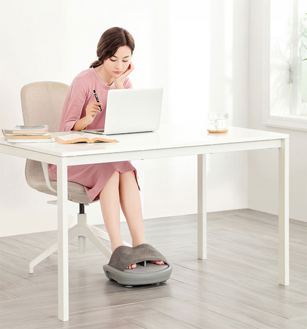 LF Kneading Foot Massager